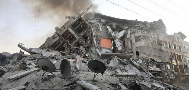 Σφοδρές ισραηλινές βομβιστικές επιθέσεις ωθούν τη Γάζα στα όρια της  καταστροφής   msf.gr