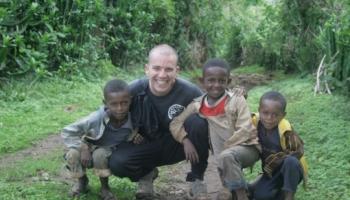 """""""Ανέκιρα"""", που σημαίνει 'καλώς όρισες' - Στιγμές αποστολής του Βαγέλλη Ορφανουδάκη στην Αιθιοπία"""